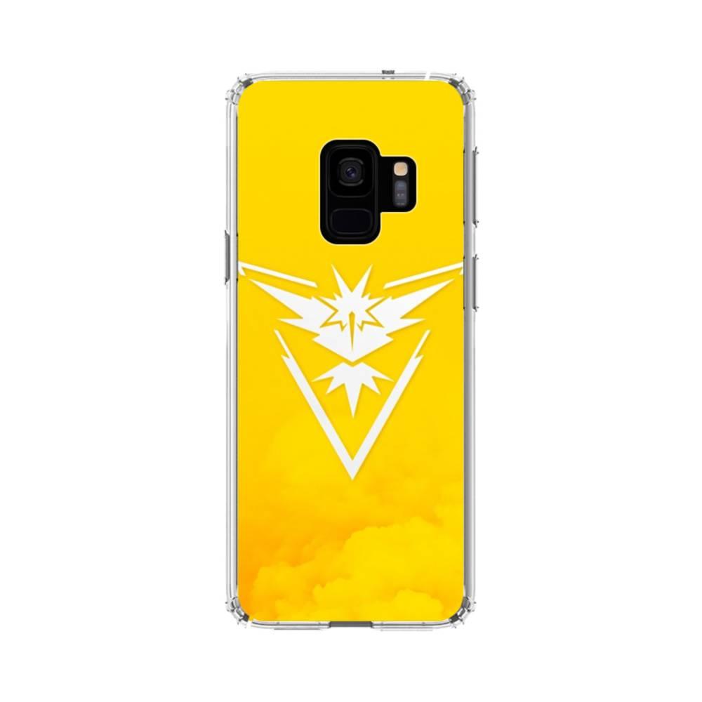 timeless design 1dd61 fee67 Pokemon Go Logo Team Instinct Yellow Samsung Galaxy S9 Clear Case